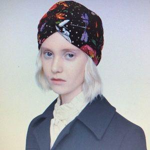 GUCCI-Floral & Star Print Silk padded Headband